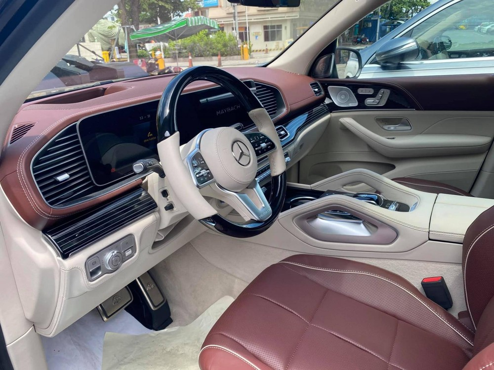 Khoang lái xe Mercedes-Maybach GLS 600