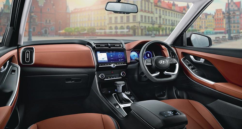 Hyundai Alcazar 2021 đi kèm nội thất bọc da phối 2 màu