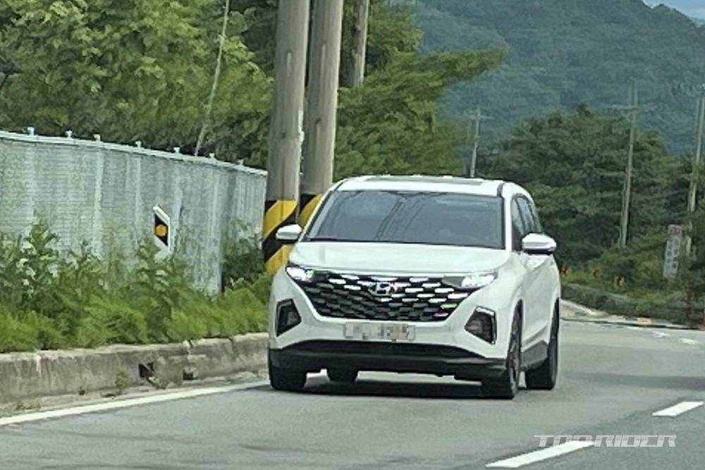 Hyundai Custo bất ngờ bị bắt gặp tại Hàn Quốc