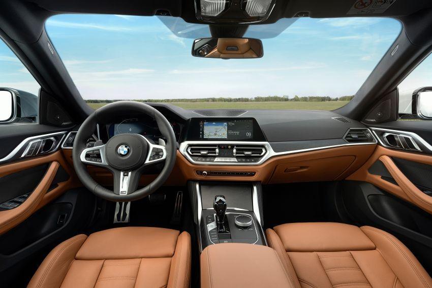 Nội thất của BMW 4-Series Gran Coupe 2022