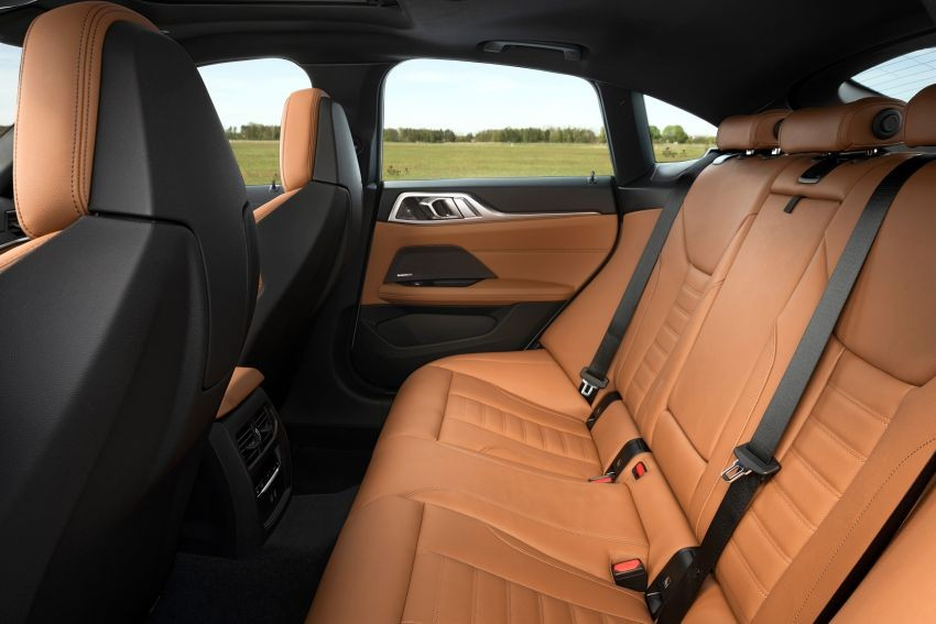 Ghế sau của BMW 4-Series Gran Coupe 2022