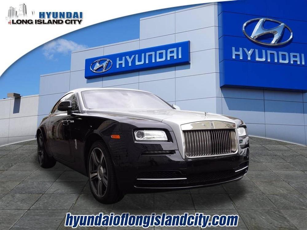 Chiếc Rolls-Royce Wraith đời 2014 này có giá không hẳn là rẻ