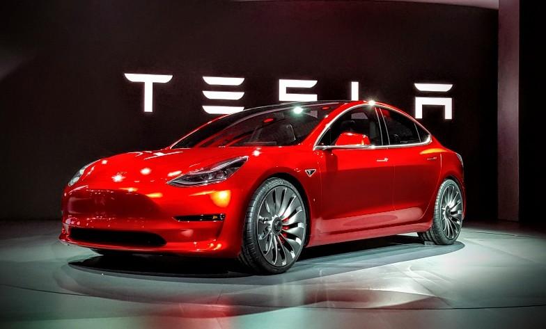 Tesla Model 3 là mẫu xe bán chạy thứ 16 trên toàn cầu trong năm 2020