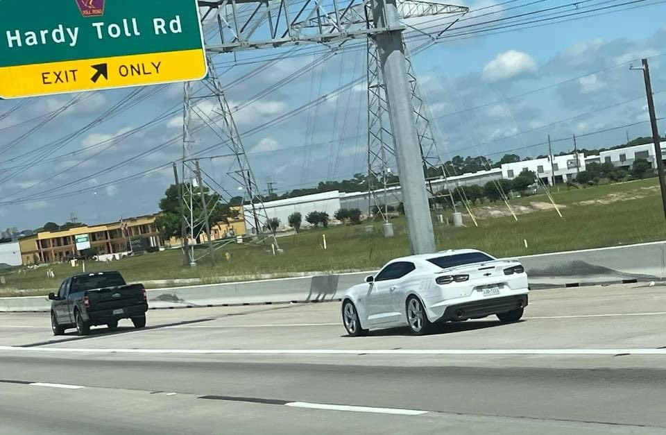 Một chiếc xe ma xuất hiện trên đường phố Houston