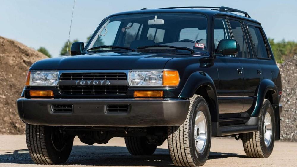 Chiếc Toyota Land Cruiser này trông vẫn rất mới