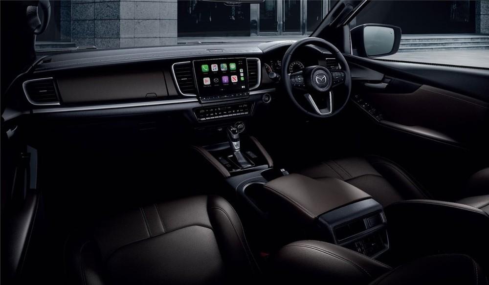 Nội thất của Mazda BT-50 2021.