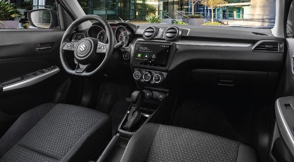 Nội thất của Suzuki Swift 2021 có điểm sáng là màn hình giải trí thuộc hàng lớn nhất phân khúc.