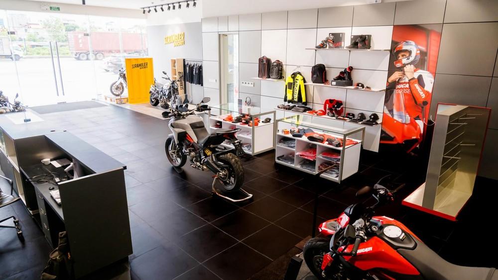 Showroom mới của Ducati khu vực Hà Nội rộng rãi và khang trang hơn trước