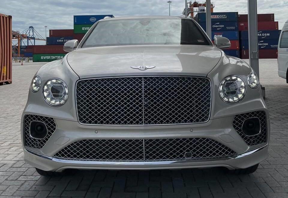 Diện mạo SUV siêu sang Bentley Bentayga V8 mới về nước