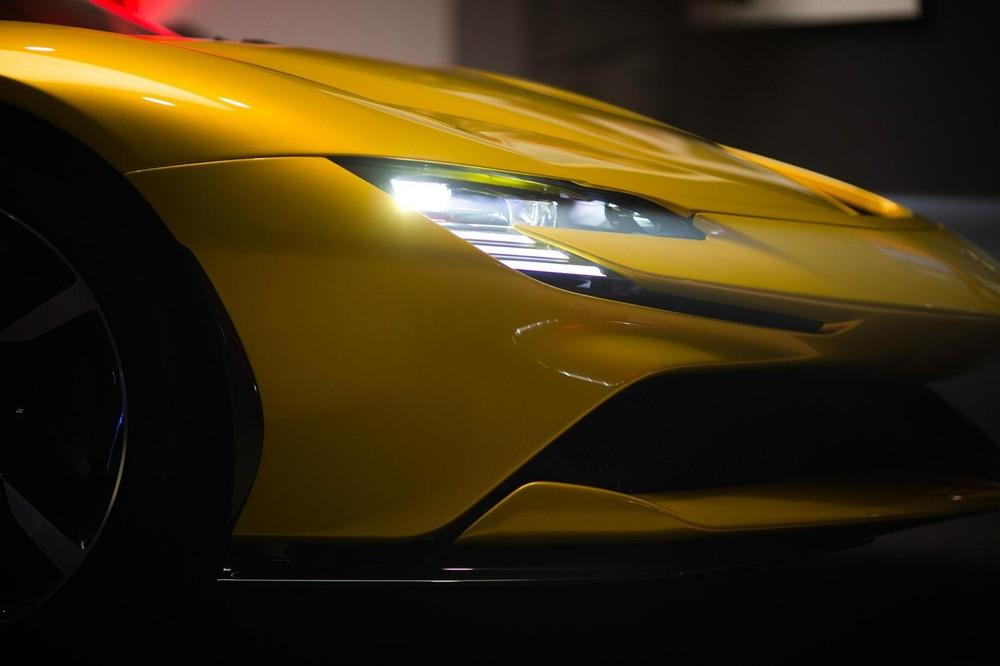 Giới mê xe Việt Nam đang chờ đón siêu xe mui trần Ferrari SF90 Spider về nước
