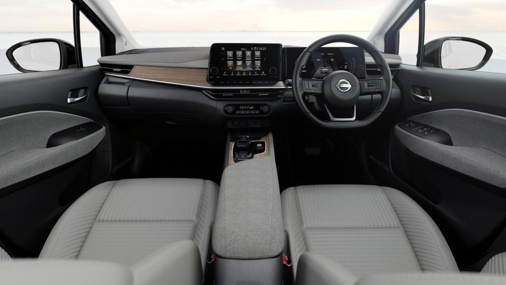 Nội thất bên trong Nissan Note Aura 2022