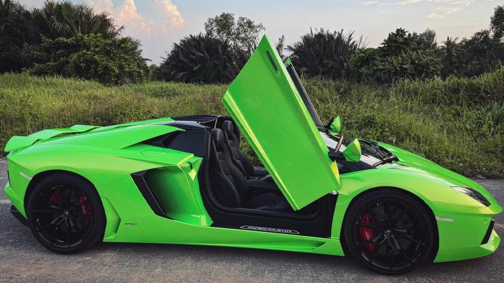 Chiếc Lamborghini Aventador LP700-4 Roadster ở Bình Phước mới được bán lại