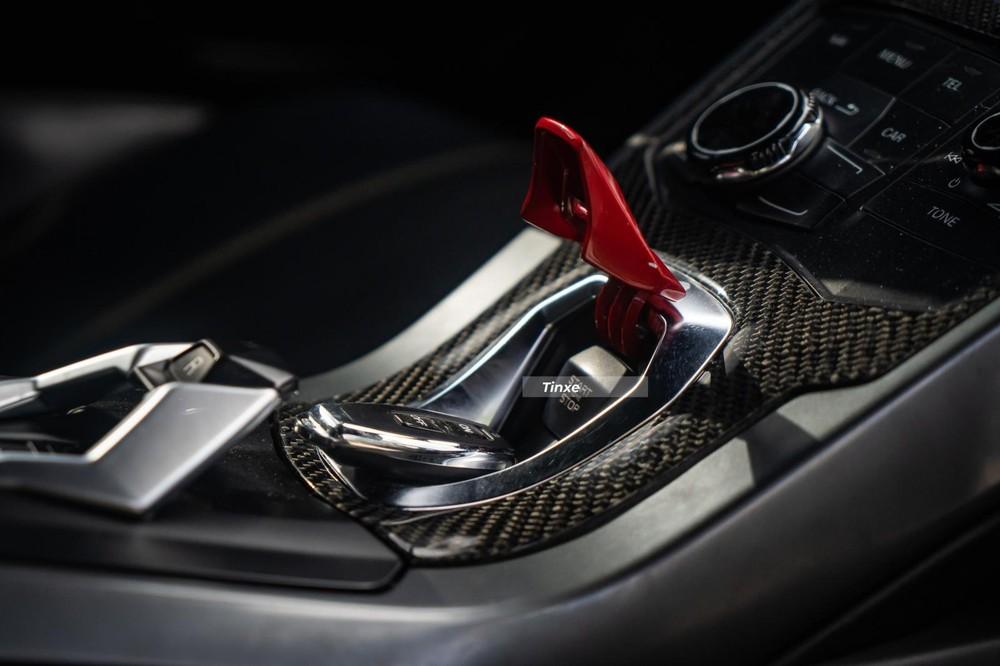 Nút khởi động ấn tượng trên Lamborghini Huracan