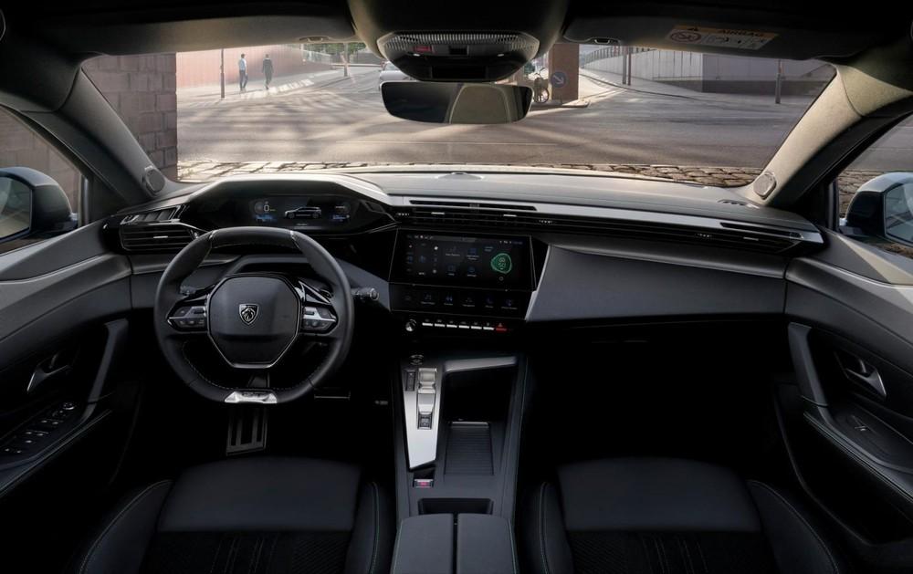 Khoang lái của Peugeot 308 SW 2022