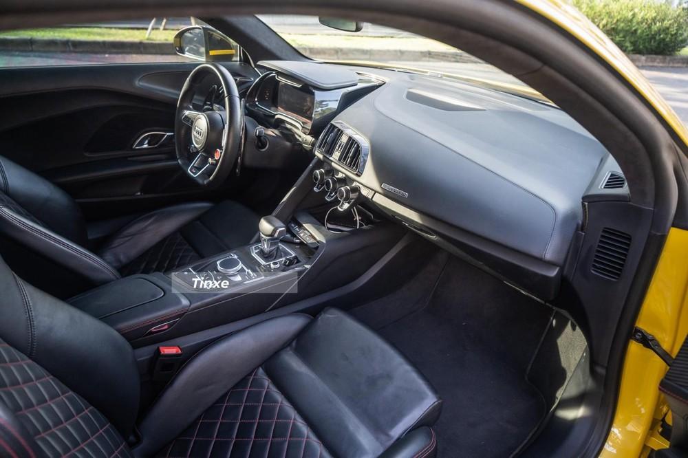 Nội thất siêu xe Audi R8 V10 Plus
