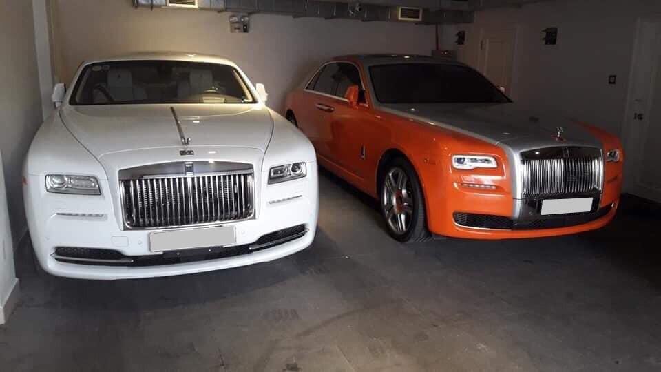 Rolls-Royce Ghost Series II của bà Phương Hằng cùng chiếc Rolls-Royce Wraith màu trắng hiện đã dán đổi màu sang hồng