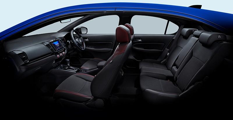 Honda City Hatchback e:HEV RS có cửa gió điều hòa hàng ghế sau