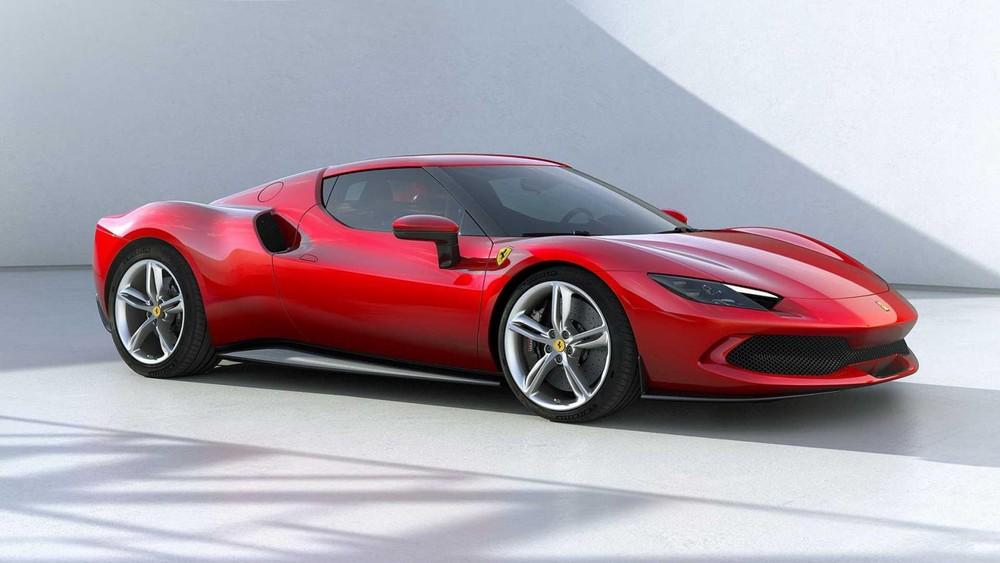 296 GTB cũng là chiếc xe hybrid thương mại thứ 2 của Ferrari được giới thiệu