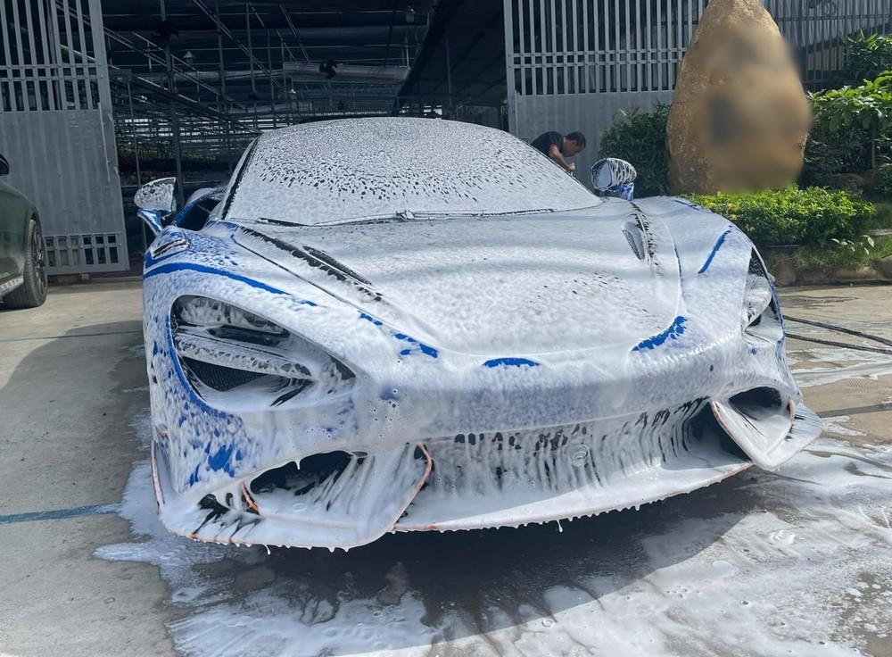 Sau nhiều tuần lưu lạc ở garage bán xe, McLaren 765LT thứ 2 tại Việt Nam đã quay về lại nhà xưa
