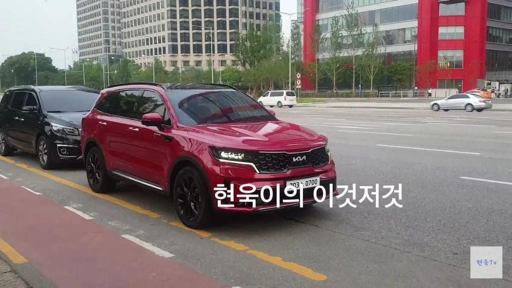 Kia Sorento 2022 xuất hiện trên đường phố Hàn Quốc