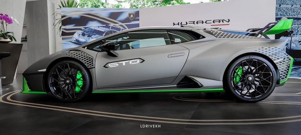 Cận cảnh siêu xe Lamborghini Huracan STO đầu tiên đến Campuchia