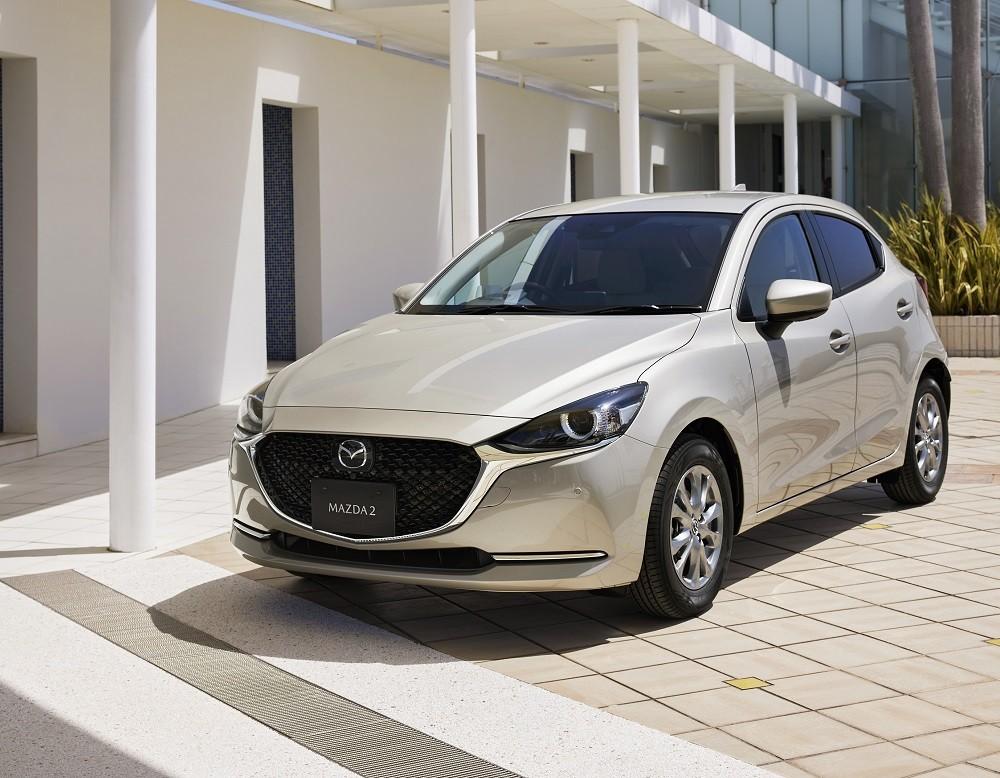 Động cơ xăng 1.5L của Mazda2 2021 vẫn giữ sức mạnh như trước