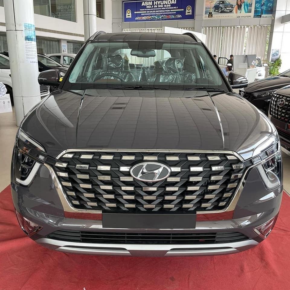 Chỉ trong vòng chưa đầy 1 tuần, đã có hơn 4.000 người đặt mua Hyundai Alcazar 2021