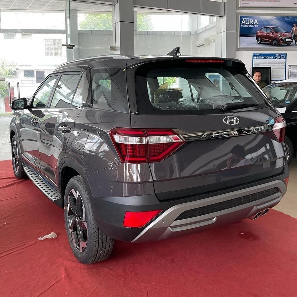 Hyundai Alcazar 2021 có 2 tùy chọn động cơ