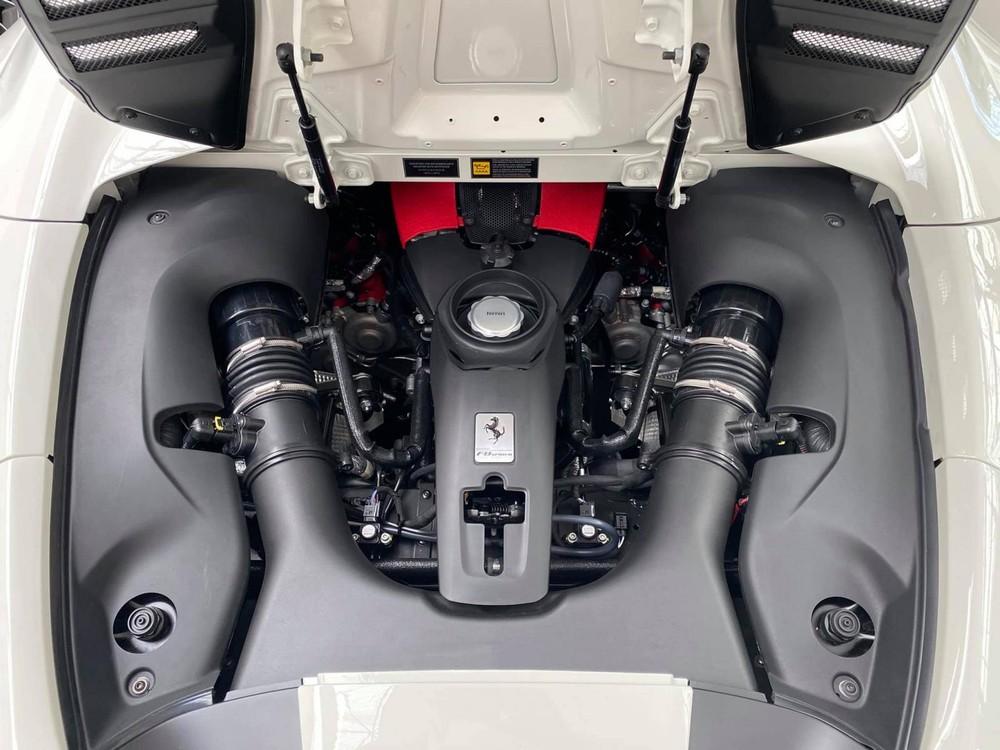 Ferrari F8 Spider có công suất 711 mã lực
