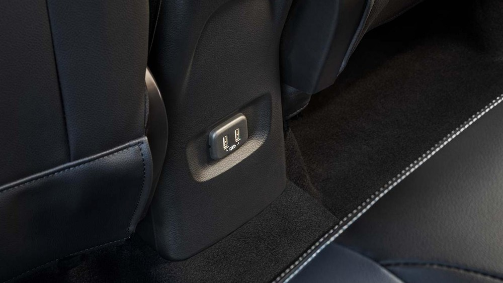 Cổng USB của Chevrolet Tracker 2021