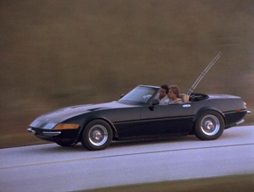 Chiếc Ferrari Daytona Spyder bản sao dùng trong phim Miami Vice
