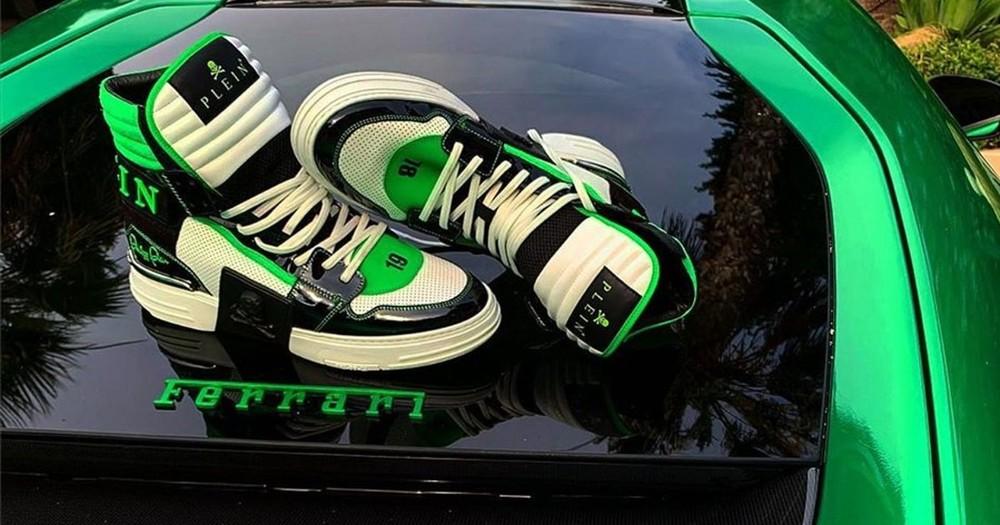 Đăng ảnh chụp giày trên siêu xe Ferrari, nhà thiết kế thời trang Philipp Plein bị kiện