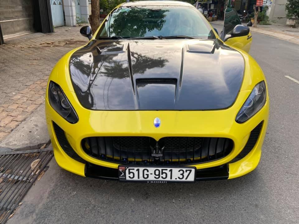 Chỉ hơn 2,5 tỷ đồng đã có ngay Maserati Granturismo biển trắng dạo phố
