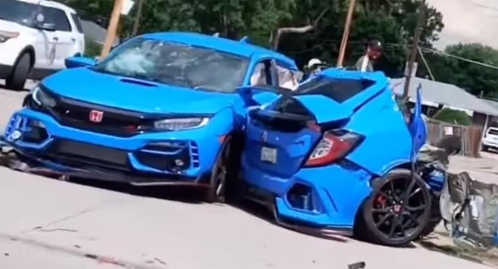 Chiếc Honda Civic Type R hư hỏng hoàn toàn sau vụ tai nạn