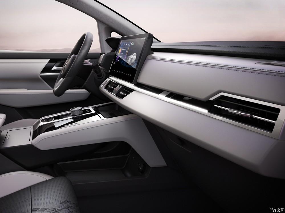 Nội thất của Mitsubishi Airtrek EV 2022 không giống GAC Aion V