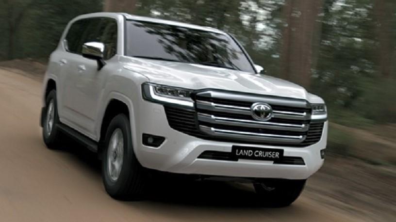 Toyota Land Cruiser 2022 đã chính thức ra mắt thị trường Việt Nam nhân dịp kỉ niệm 70 năm