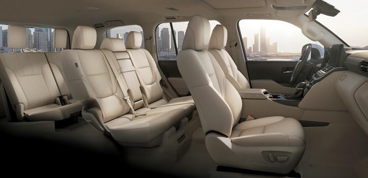 Nội thất của Toyota Land Cruiser 2022