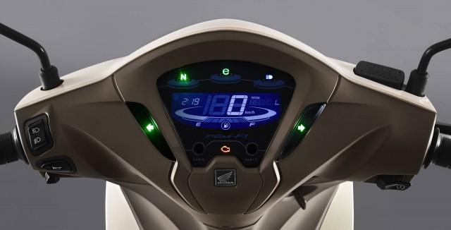 Honda Biz sở hữu trang bị màn hình LCD hiện đại