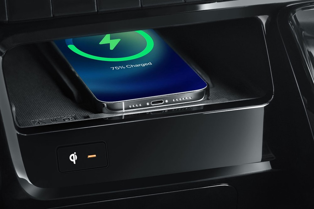 Sạc điện thoại thông minh không dây của Hyundai Staria 2021