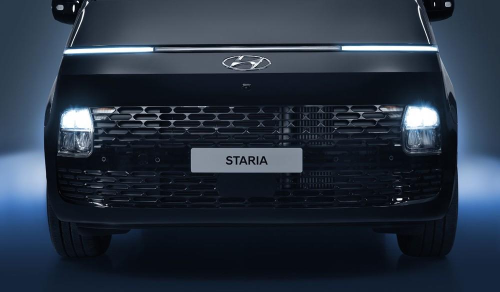 Cận cảnh đầu xe của Hyundai Staria 2021