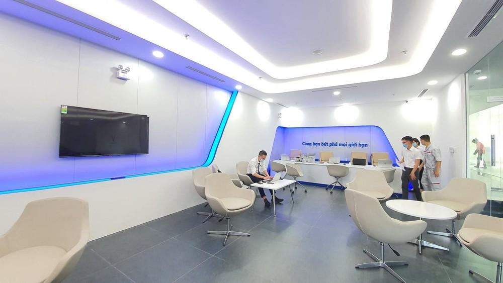 Showroom mới của VinFast có thiết kế khá hiện đại.