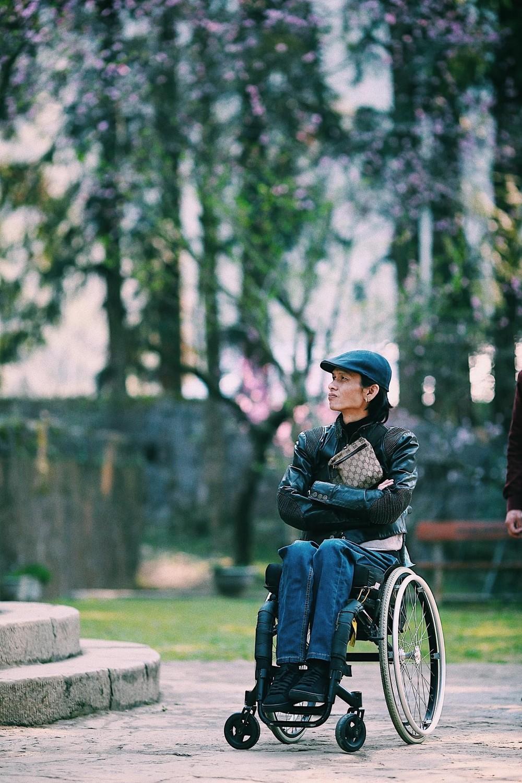 Nhiếp ảnh gia Lân Xe Lăn đã là một nhân vật truyền cảm hứng cho những người gặp hoàn cảnh tương tự anh.