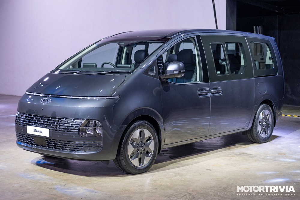 Hyundai Staria 2021 có cửa sổ cỡ lớn