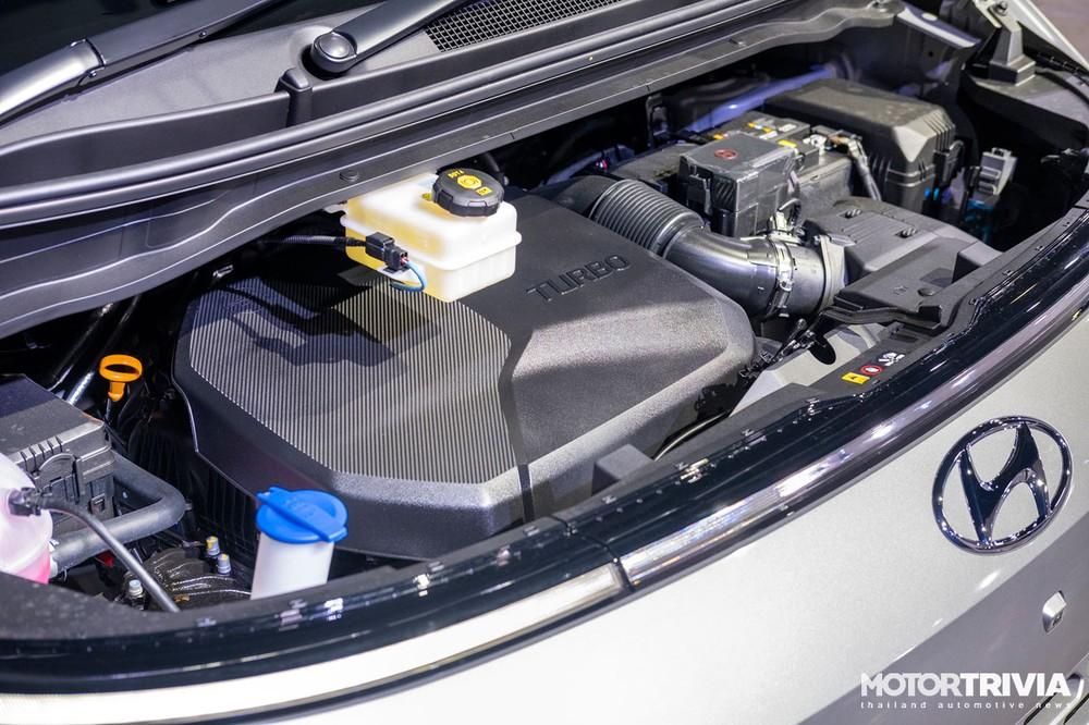 Hyundai Staria 2021 tại Thái Lan dùng động cơ diesel