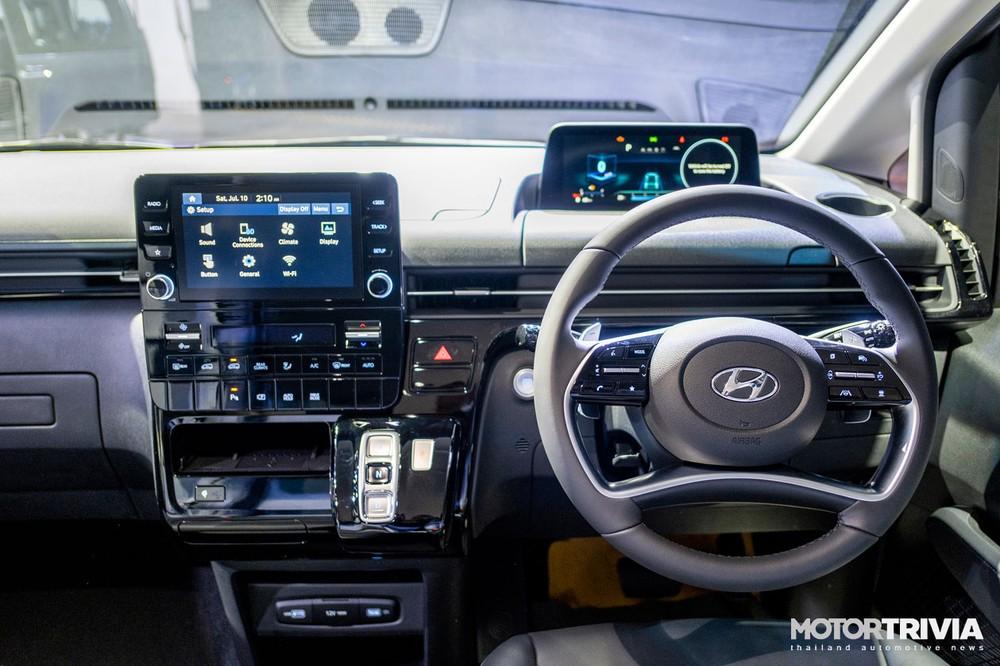 Nội thất của Hyundai Staria 2021 tại Thái Lan