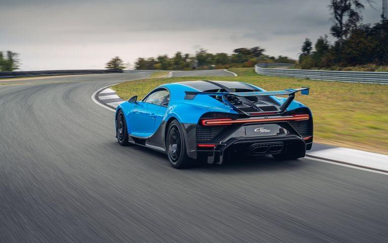 Thiết kế đuôi xe Bugatti Chiron Pur Sport