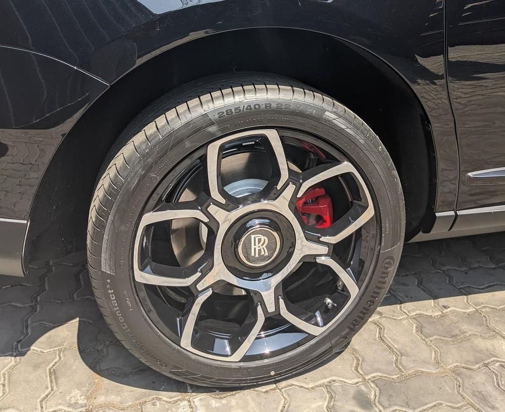 Bộ mâm của Rolls-Royce Cullinan bản Black Badge