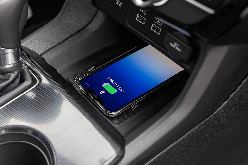 Sạc điện thoại thông minh không dây của Honda Civic 2022