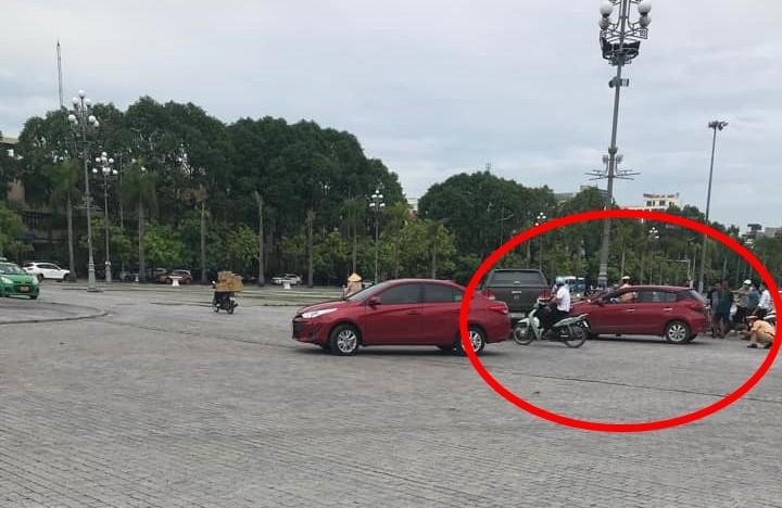 Hiện trường vụ tai nạn xe Toyota Yaris với Mazda BT-50 ở Thanh Hóa vào sáng nay