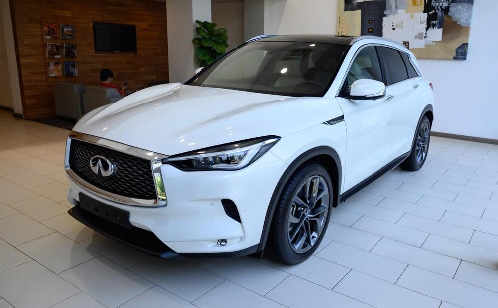 Trước khi tạm ngừng bán xe mới, Infiniti Việt Nam đang phân phối tổng cộng 4 sản phẩm với giá bán từ 2,45 tỷ cho đến 6,999 tỷ đồng.